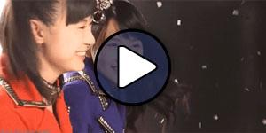 Ikuta Erina és Sayashi Riho (Morning Musume) a csapat Brainstorming című MV-je forgatásán