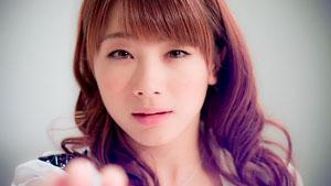 Ishida Ayumi a Morning Musume Toki wo koe sora wo koe című klipjében